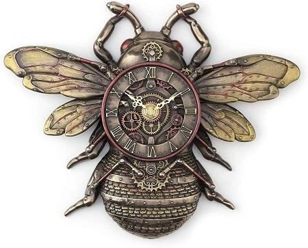 Steampunk bee clock