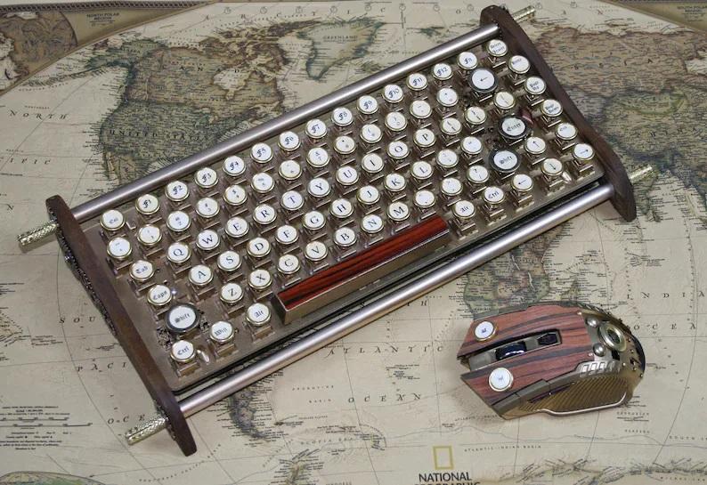 Compact Hand-made keyboard